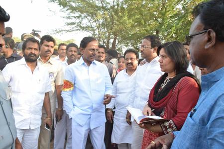KCR-Mahabubnagar-Visit-01
