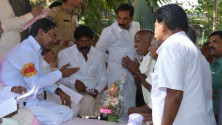 KCR received petiions from public (2)
