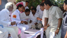 KCR received petiions from public (5)