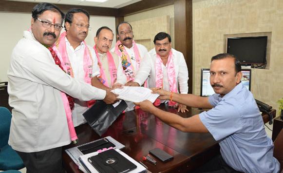 Deviprasad filed  Nomination