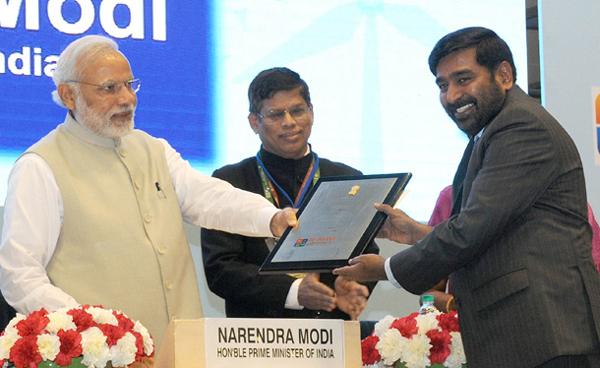 Jagadish-Reddy-receives-award-from-PM-Narendra-Modi
