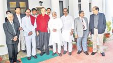 KCR-and-Team-with-Finance-Minister-Arun-Jaitley