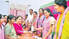 Kalvakuntla-Kavitha-launching-of-Membership-drive-in-Telangana-bhavan