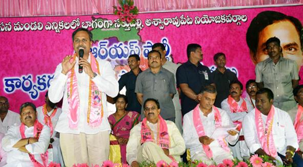Palla-Rajeshwar-Reddy-election-Campaign-in-Khammam02