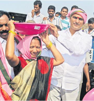 Harish Rao participates in Mission Kakatiya