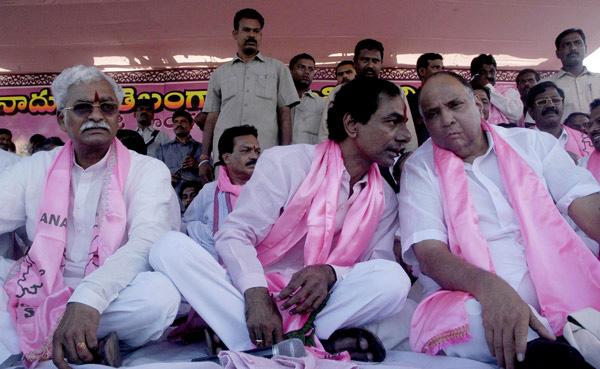 KCR with Sharadh Pawar 01
