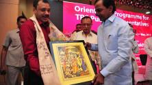 CM KCR in Interactive orientaion programme in Nagarjunasagar (18)