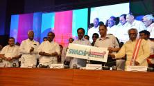 CM KCR inaugurated swachh hyderabad initiative (1)