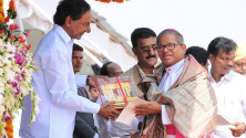 CM KCR in parade grounds on the occassion of Telangana formation day (27)