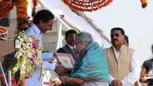 CM KCR in parade grounds on the occassion of Telangana formation day (30)