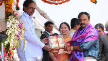 CM KCR in parade grounds on the occassion of Telangana formation day (9)