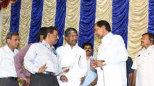 CM KCR in swach hyderabd programme in Parsigutta (2)
