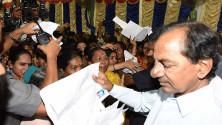 CM KCR in swach hyderabd programme in Parsigutta (6)