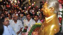 CM KCR paid floral tributes to Prof Jayashankar sir (1)