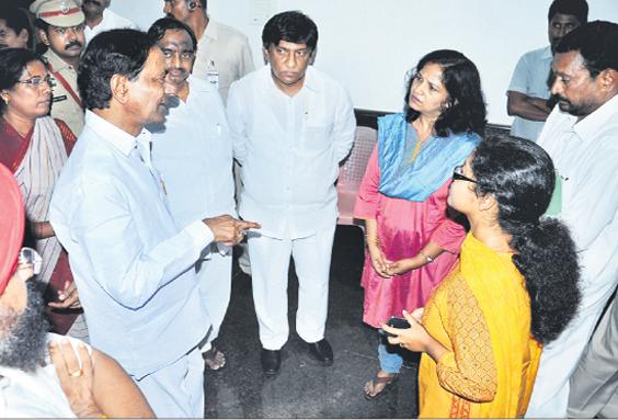 CM KCR with Karimnagar distrcit officaials