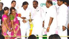 KCR launching of Grama Jyothi programme in Gangadevipalli village (6)