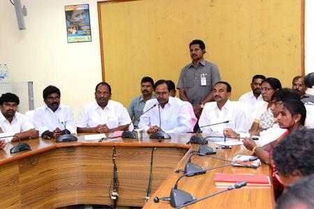 KCR press meet in Karimnagar