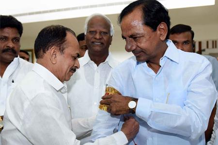 KCR with Mahmud Ali