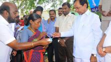 CM KCR addressing in Erravelli village of Medak district (6)