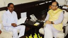 CM KCR met Union Minister for Finance Sri Arun Jaitley (4)