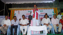 KCR laid foundation stone for double bedroom house scheme at Erravelli and Narsannapet (4)
