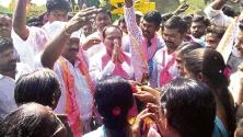 etela Rajendar election campaign in athmakur