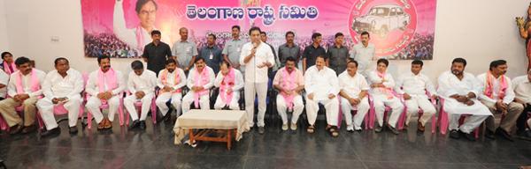 KTR-addressing-the-Newly-Elected-Corporators-in-Telangana-Bhavan