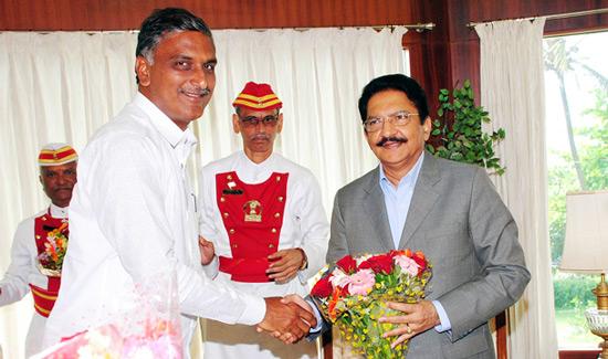 Harish-Rao-with-Governor-Vidyasagar-Rao
